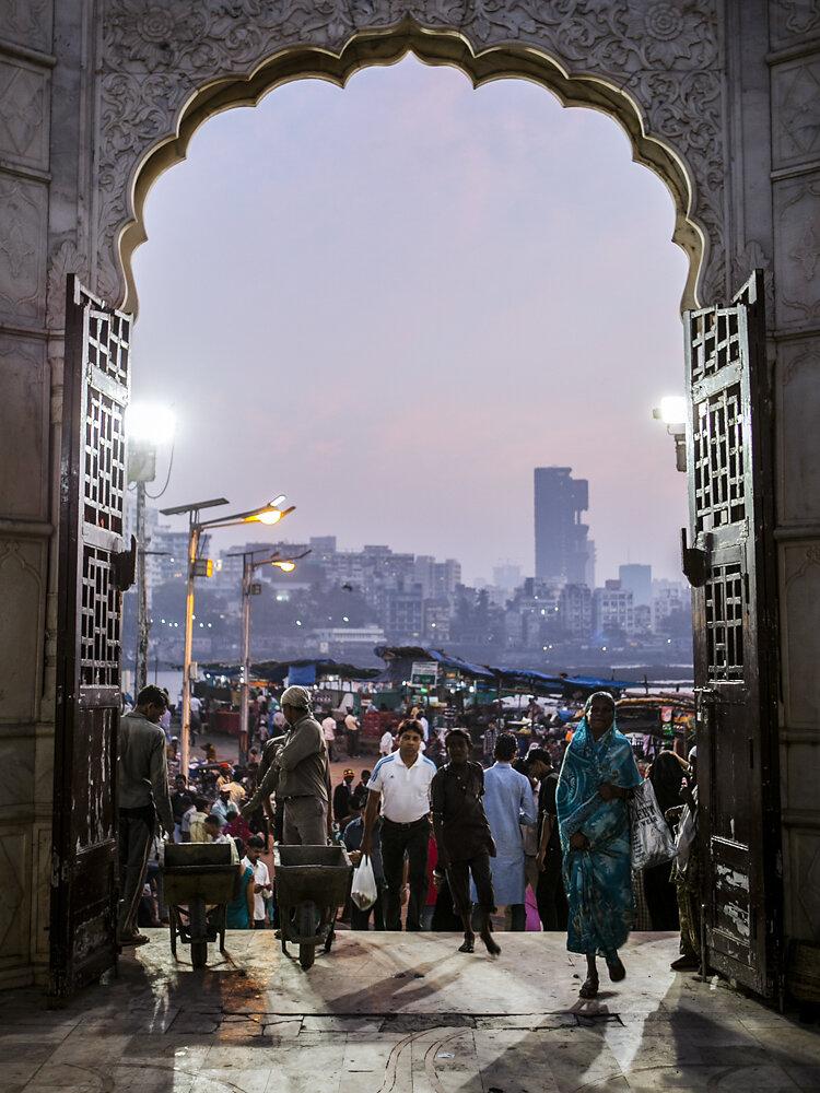 Mumbai Mirror, 2013. Haji Ali Dargah mosque.